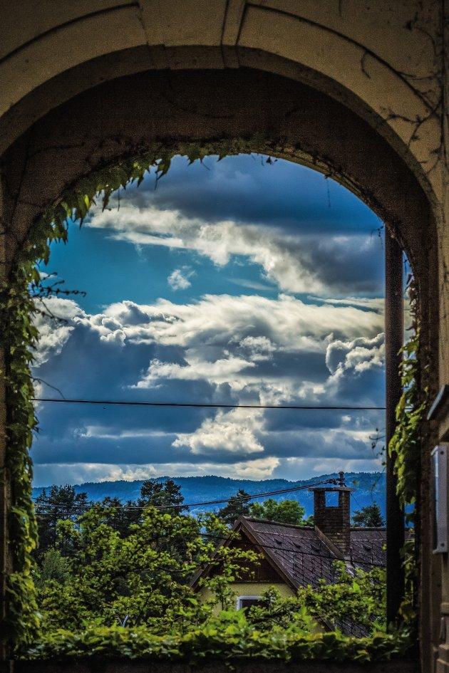 blik door het venster