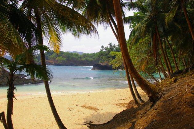 de verlaten stranden van Sao Tomé