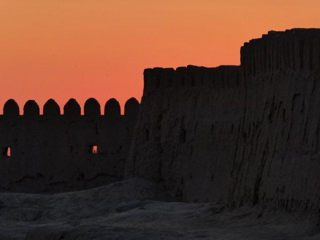 Sunset op de stadsmuur