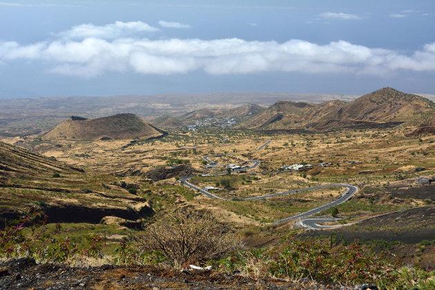 Slingerweg naar de Caldeira