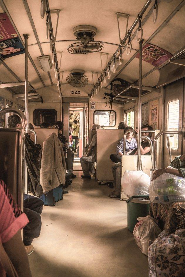 Treinen naar Ayutthaya