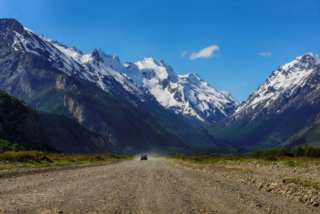 De weg naar Lago del Desierto