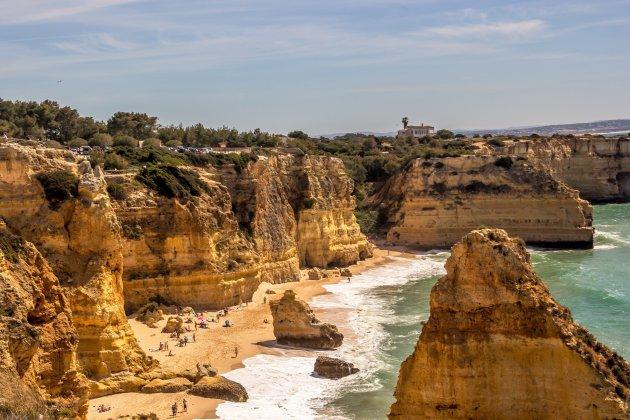 Paradijselijk strand aan de Algarve