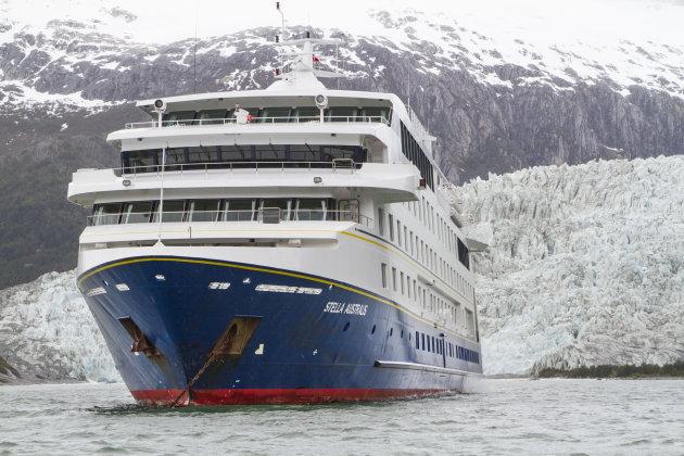 Stella Australis voor de Pia Gletsjer