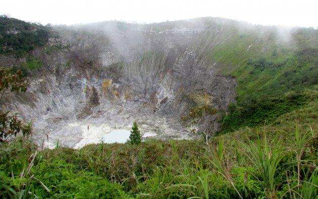 Mahawu krater