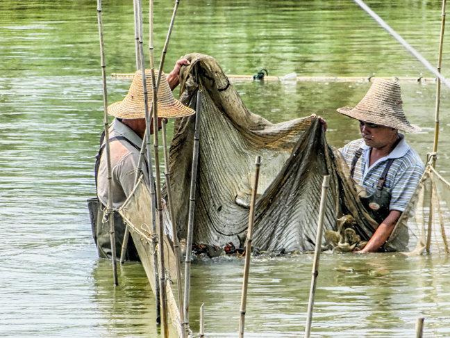 Vissers in het Karstgebergte