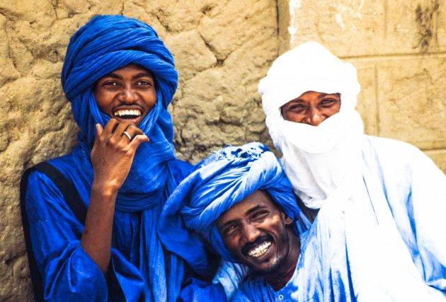 De blauwe mannen uit de woestijn