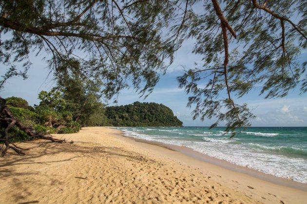Verlaten Strand op Koh Rong Sanloem