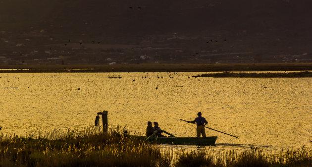 De schemering in de delta van de Ebro