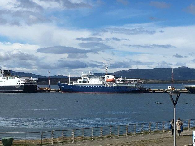 Transport over de Drake Passage