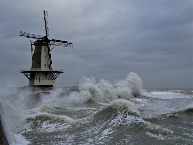 Storm windkracht 9