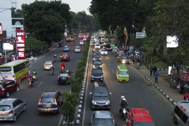 Door de straten van Surabaya