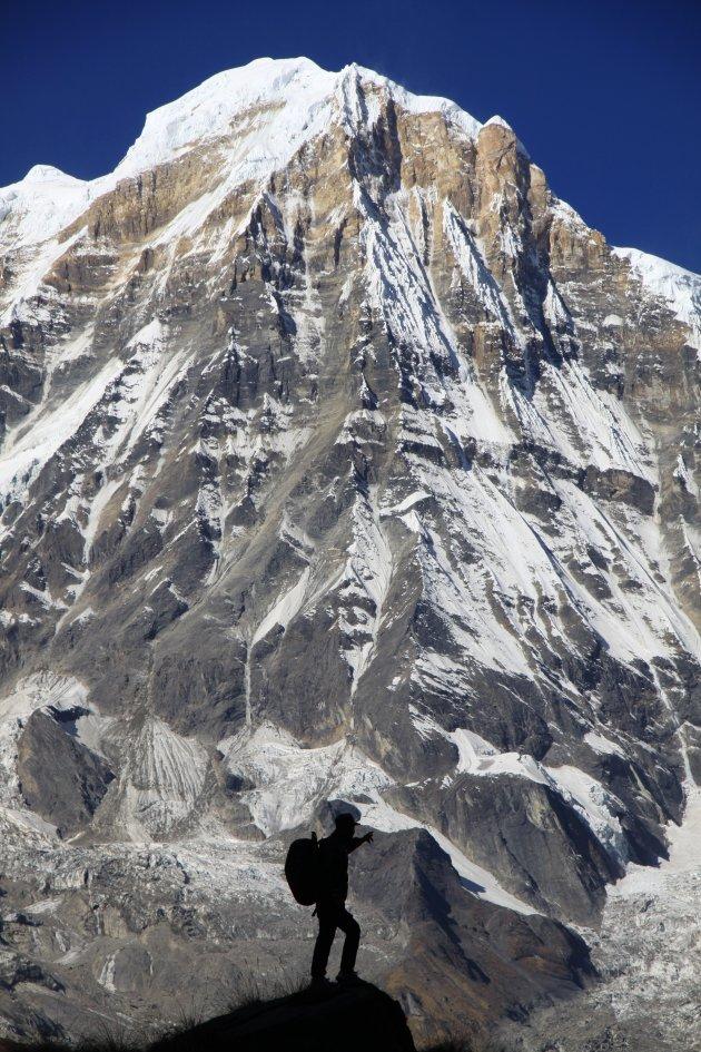 Wandel tussen de Himalaya reuzen naar Annapurna basecamp