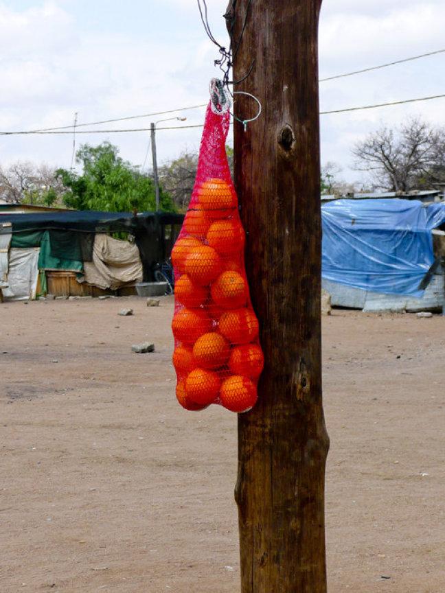 Sinaasappels in de verkoop..