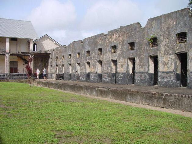 2002: Camp de la Transportation: de cellen.