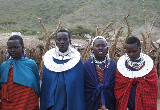 masai aan het zingen
