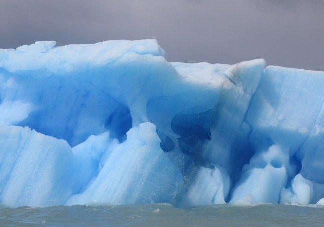ijsschots in Lago Argentino