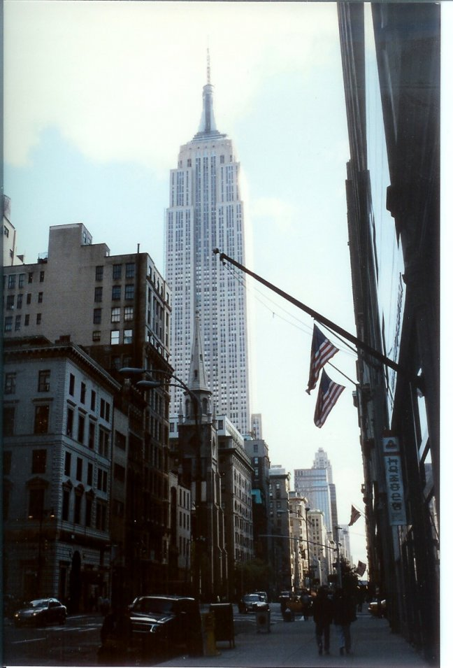 1990: NY: Empire State Building.