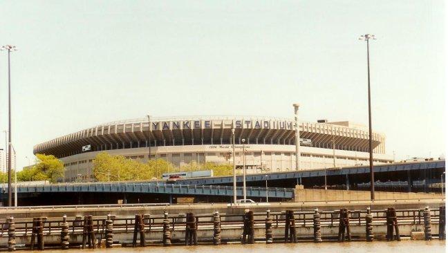 1990: NY: New York Yankee Stadium.