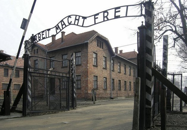 Intro foto Auschwitz