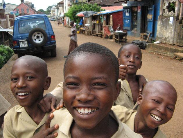 kinderen in Freetown