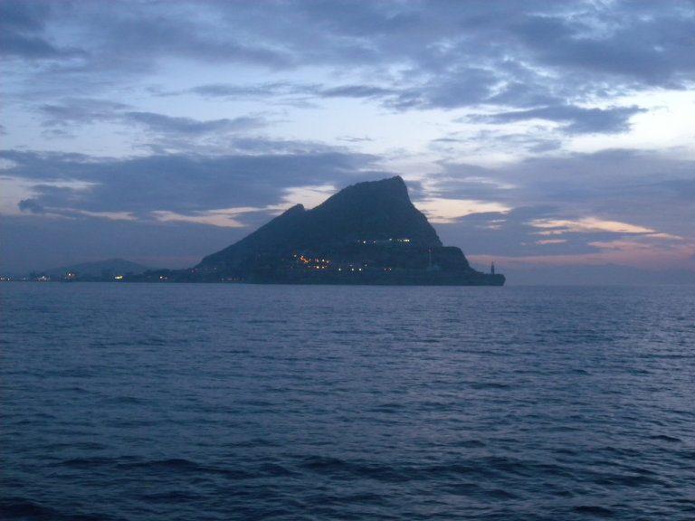 Europa Point, foto gemaakt voor zonsopgang bij het aanlopen van