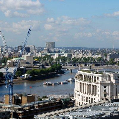Voorvertoning Uitzicht over Londen met de London Eye.