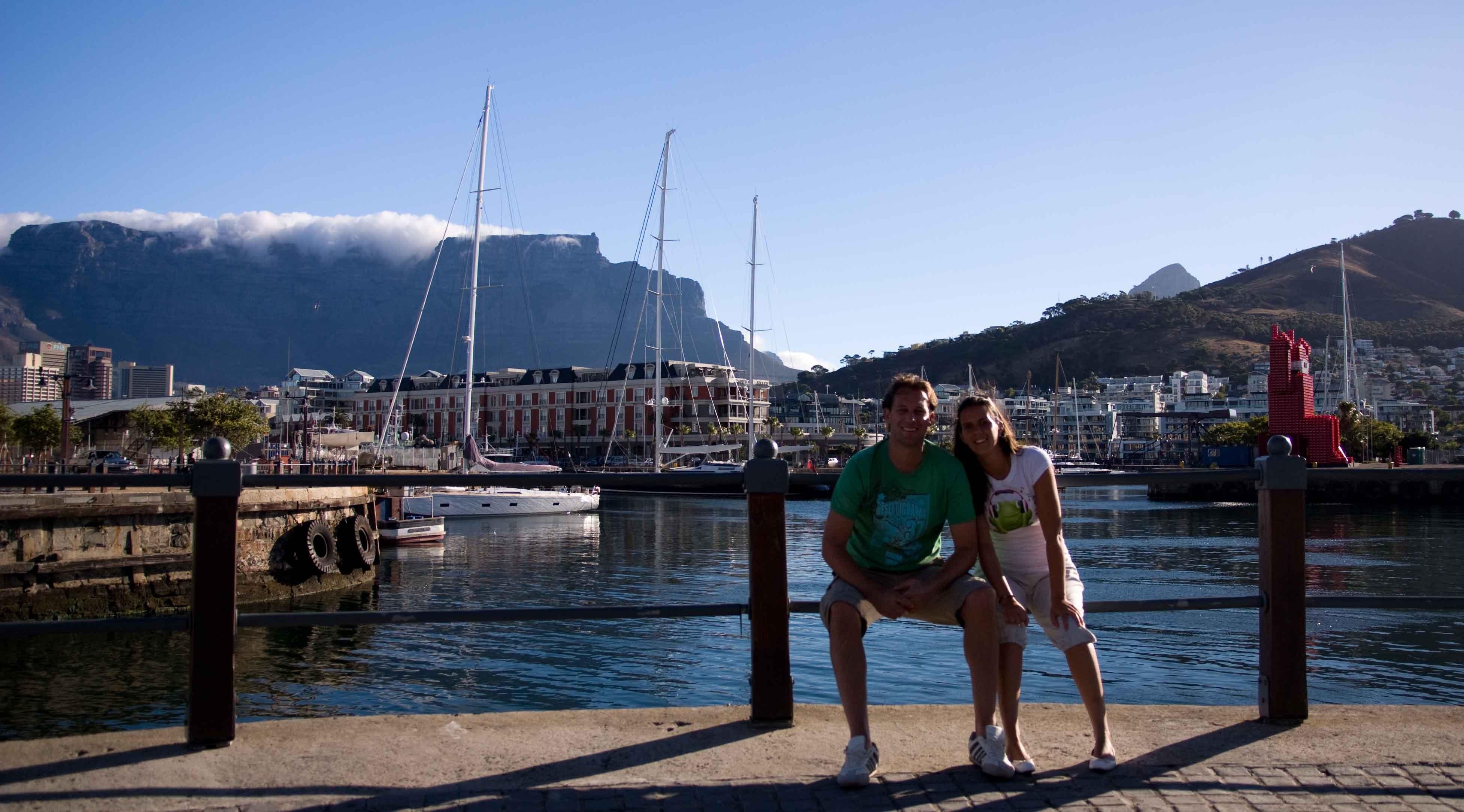Waterfont met uitzicht op de Tafelberg