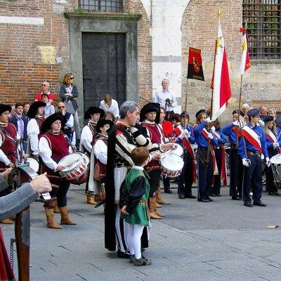 Voorvertoning schutterij Lucca