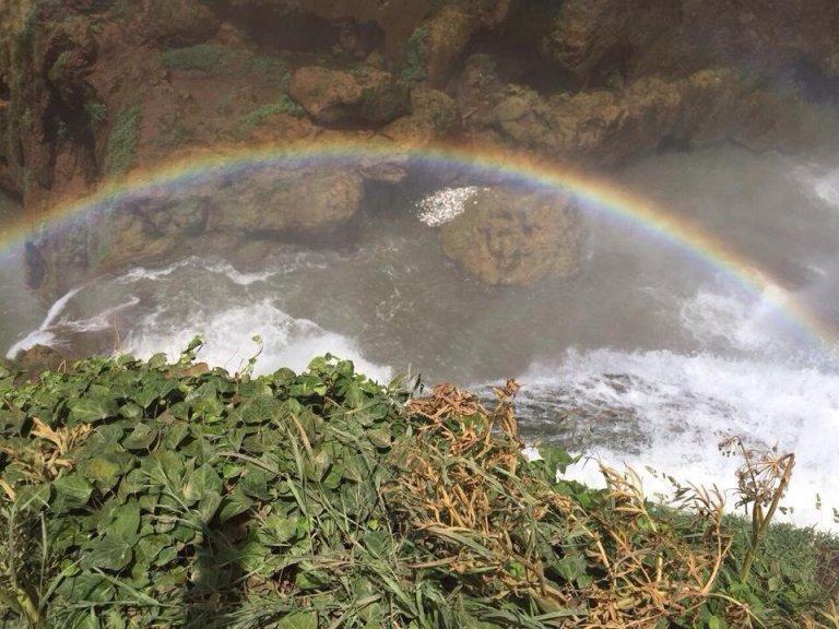 Regenboog in de Ouzoud waterval