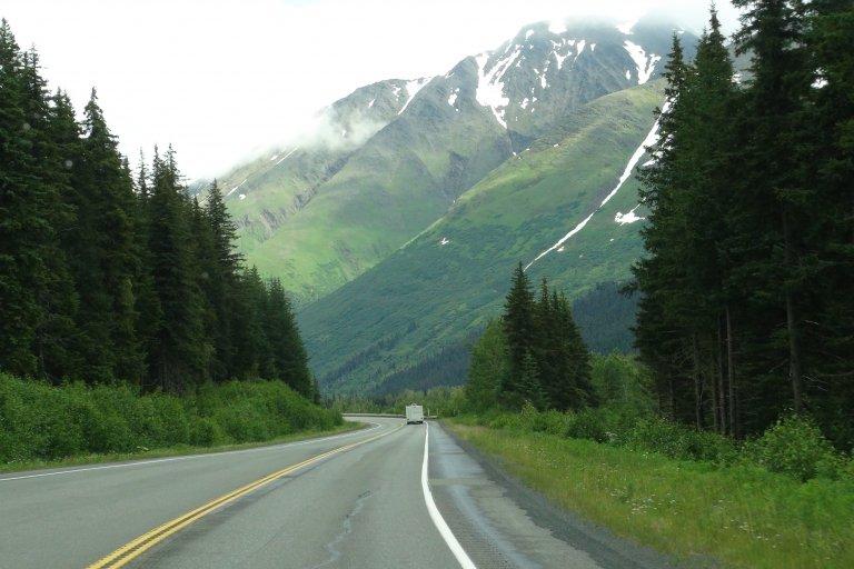 Onderweg van Anchorage naar Seward