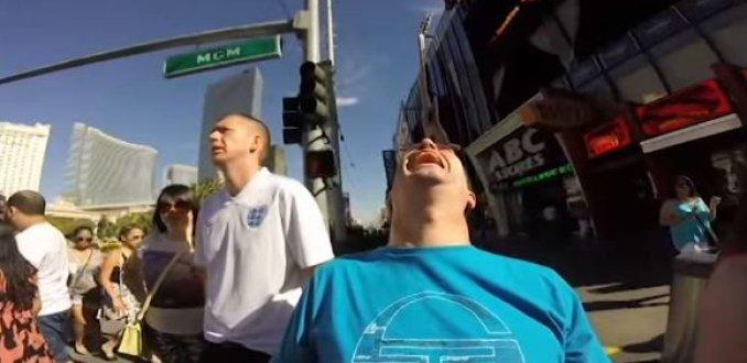 Video: Ierse man maakt meest originele vakantievideo ooit