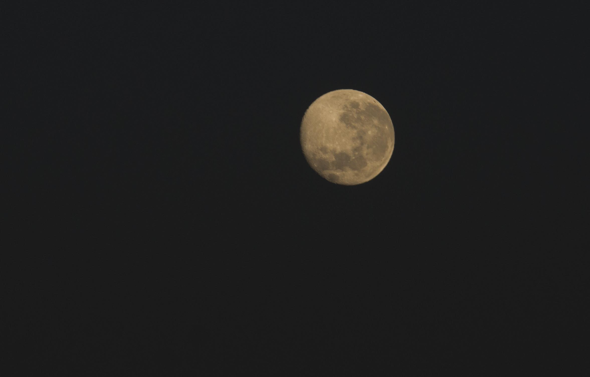 En 's avond een prachtige volle maan