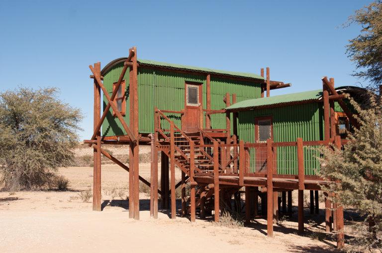 De cabins bij Urikaruus Wilderness Camp