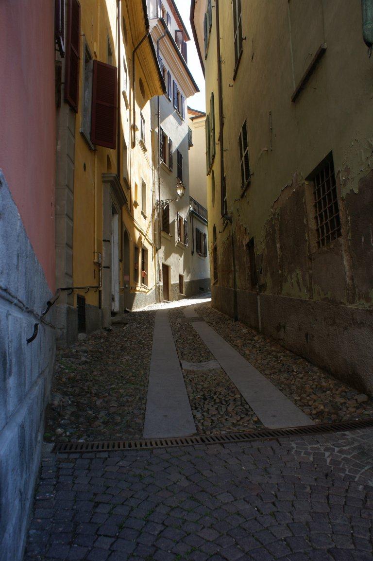 Een straatje in Acqui terme