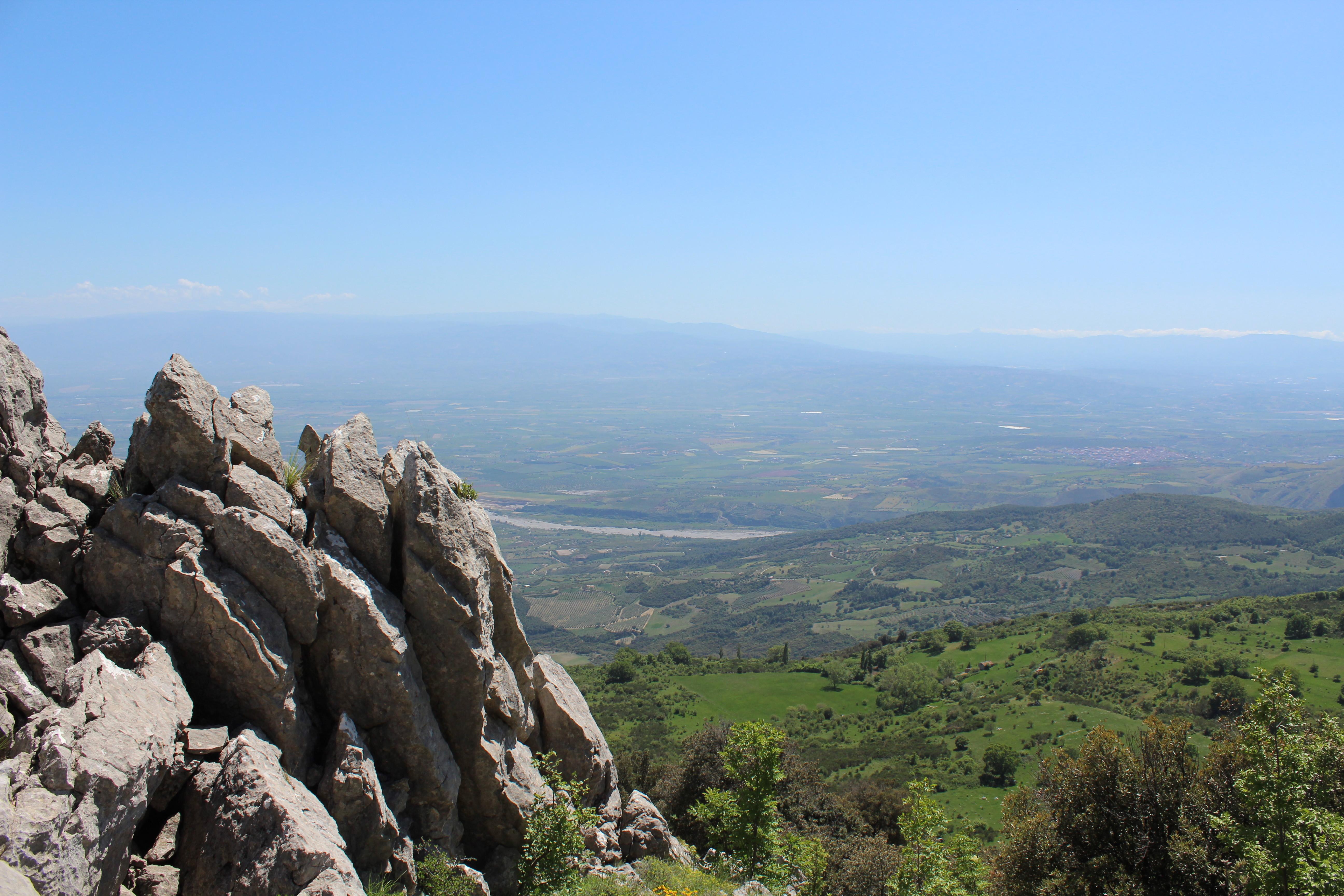 Bergtop met uitzicht