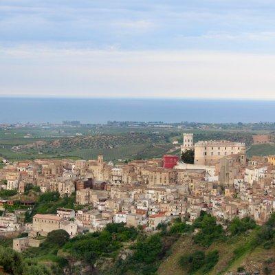 Voorvertoning Corigliano Calabro vanuit de bergen