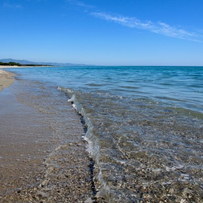 Voorvertoning Super helder water aan de Ionische zee