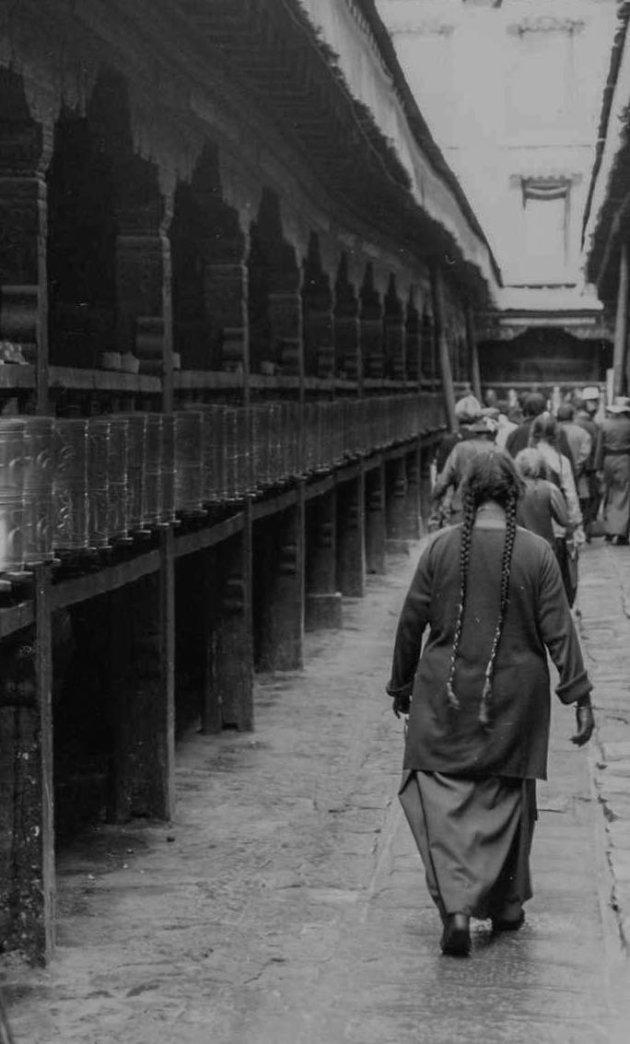 Loop ook de khora door Barkhor in Lhasa