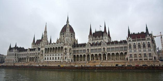 Imposant Parlementsgebouw!