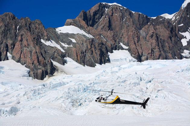 Een droomvlucht boven en op de gletsjer