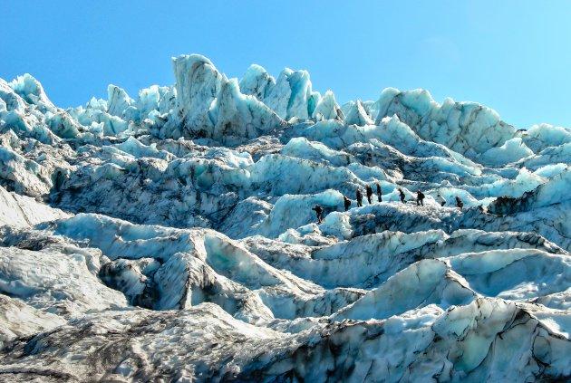 Een gletsjertocht in Skaftafell NP in IJsland