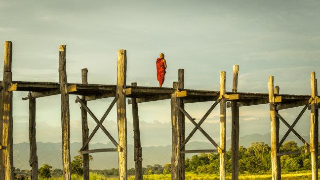 Fotograferen bij de U-Bein brug in Myanmar