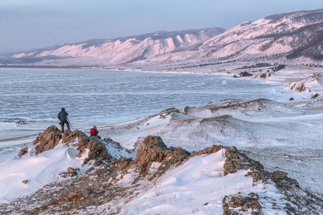 Aan de rand van het Baikalmeer fotografeer je zo.