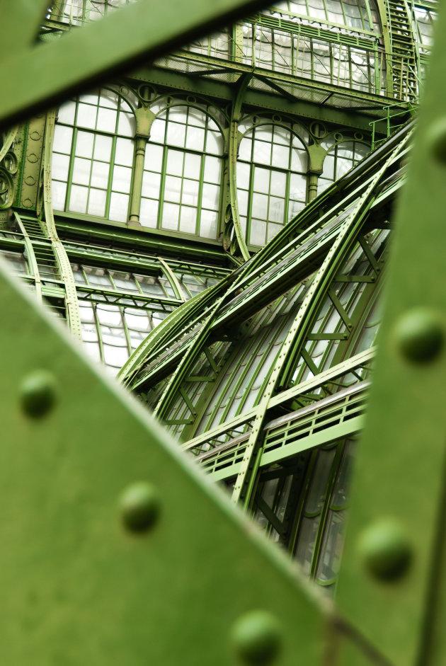 Doorkijkje bij de orangerie in Wenen