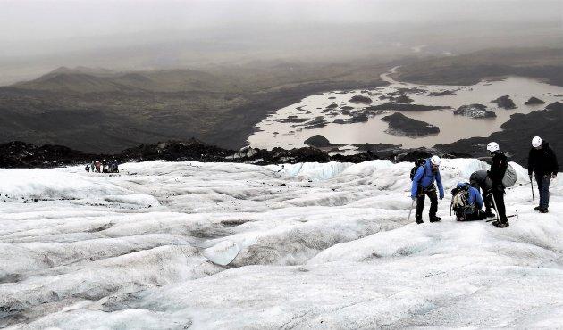 rond stappend op een gletsjer