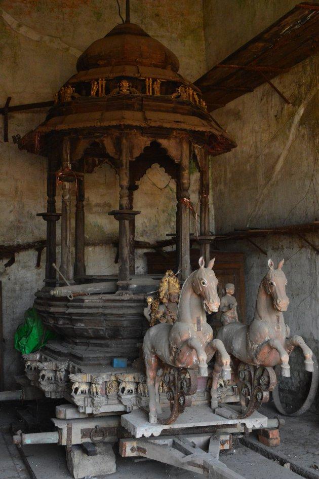 Relikwie of draaimolen