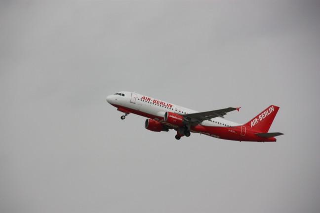 2008: Vliegtuig van Air Berlin in de lucht