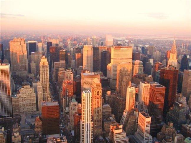Skyline Manhattan bij valavond
