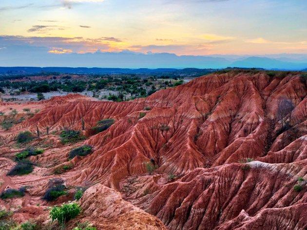 Sunset desierto Tatacoa rojo